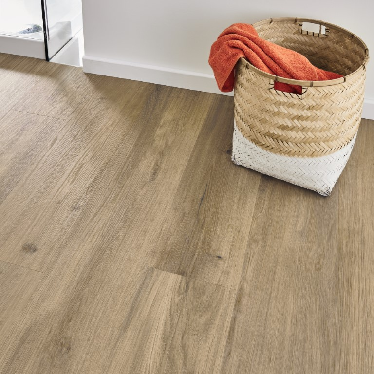 Canadian-urban-oak-vinyl-padlo